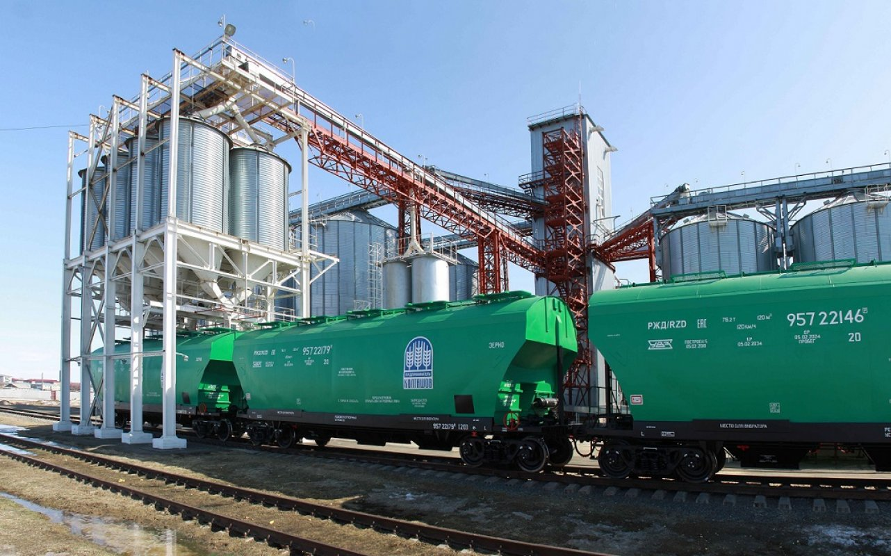 Зерновоз Вагоны-зерновозы в аренду, модель 19-6870 заказать или взять в аренду, цены, предложения компаний